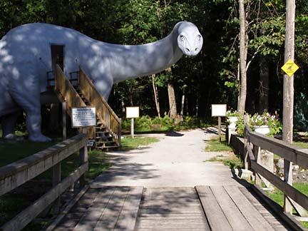 Minnesota Museum of the Mississippi Dinosaur Gardens